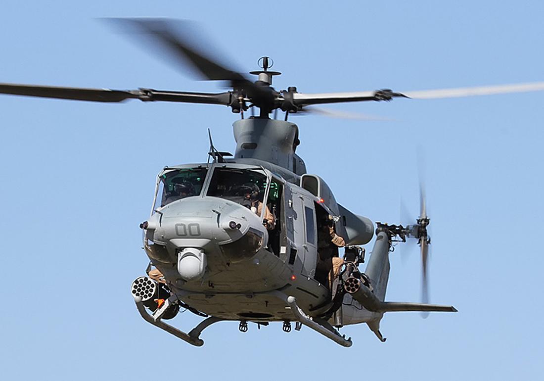 BELL UH-1Y VENOM WINDSHIELDS